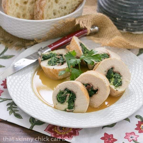 Chicken Spinach and Prosciutto Pinwheels | An elegant chicken dish that's easy to make at home!