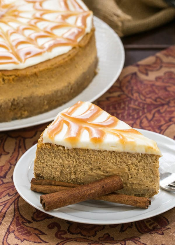 Caramel Topped Pumpkin Cheesecake {That Skinny Chick Can Bake}