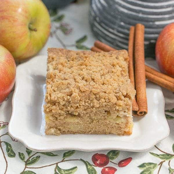 Apple Coffee Cake | Filled with chopped apples, warm spices and topped ...