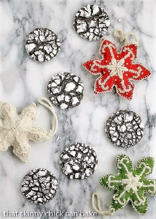 Chocolate Crinkles Cookies on a marble tray with felt ornaments