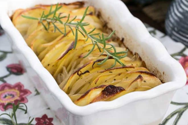 Hasselback Potatoes Casserole - Seasoned Fanned Potatoes that will delight your palate!