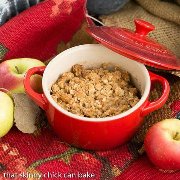 apple pear crisp - that skinny chick can bake