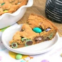 Easter Cookie Cake Featured image