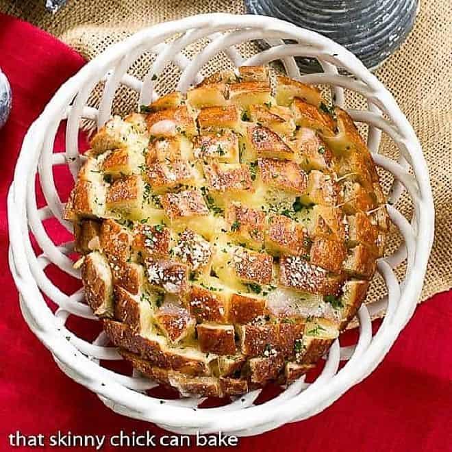 Cheesy Garlic Bread in a ceramic basket