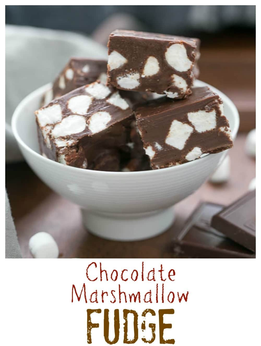 Chocolate Marshmallow Fudge | Only 3 ingredients and a few minutes to ...