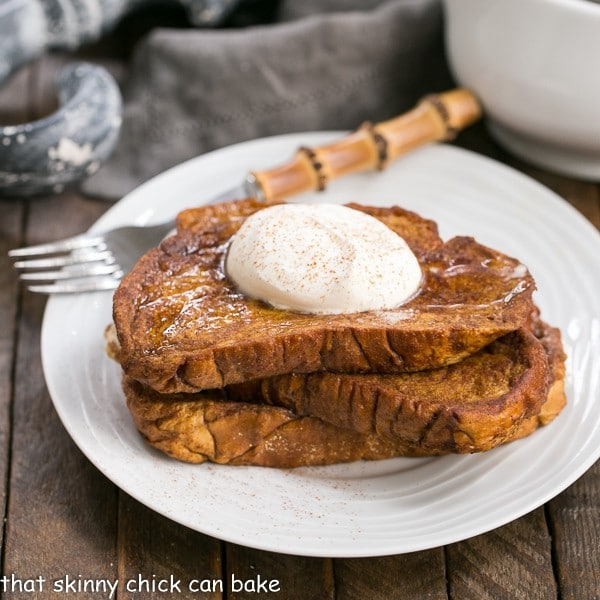 Pumpkin French Toast | A decadent breakfast treat with all the fabulous autumnal flavors of pumpkin pie!