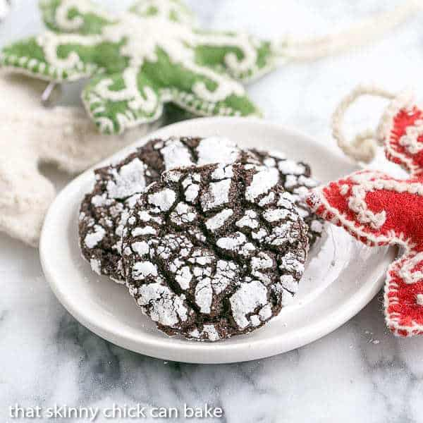 Chocolate Crinkles | Perfect chocolate cookie to soothe those cravings!