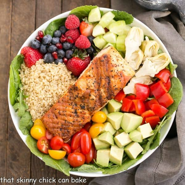 Superfoods salad is loaded with healthy, nutritious fruits and vegetables, protein-rich quinoa, and omega-3 packed salmon!