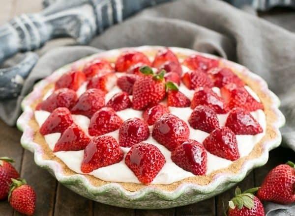 Strawberry Cream Pie | A dreamy, luscious cream pie topped with ripe berries