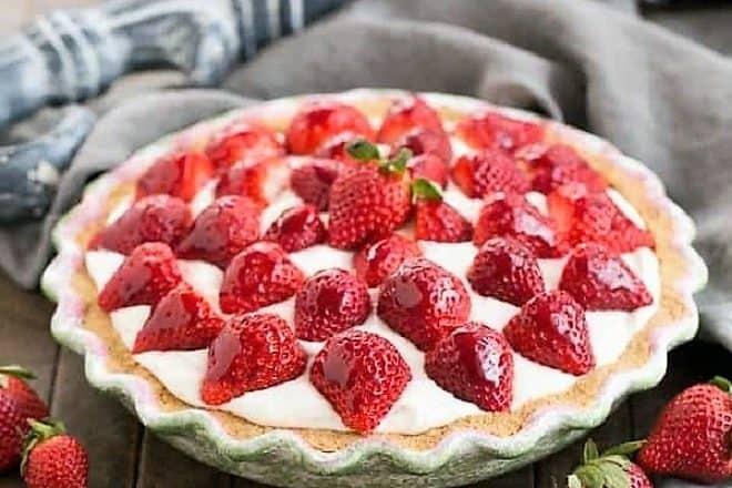 Strawberry Cream Pie feature image
