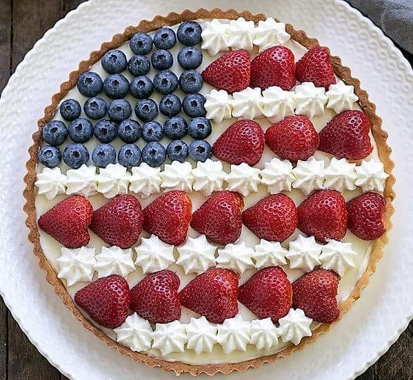 American Flag Fruit Tart - a dreamy, summer, patriotic dessert
