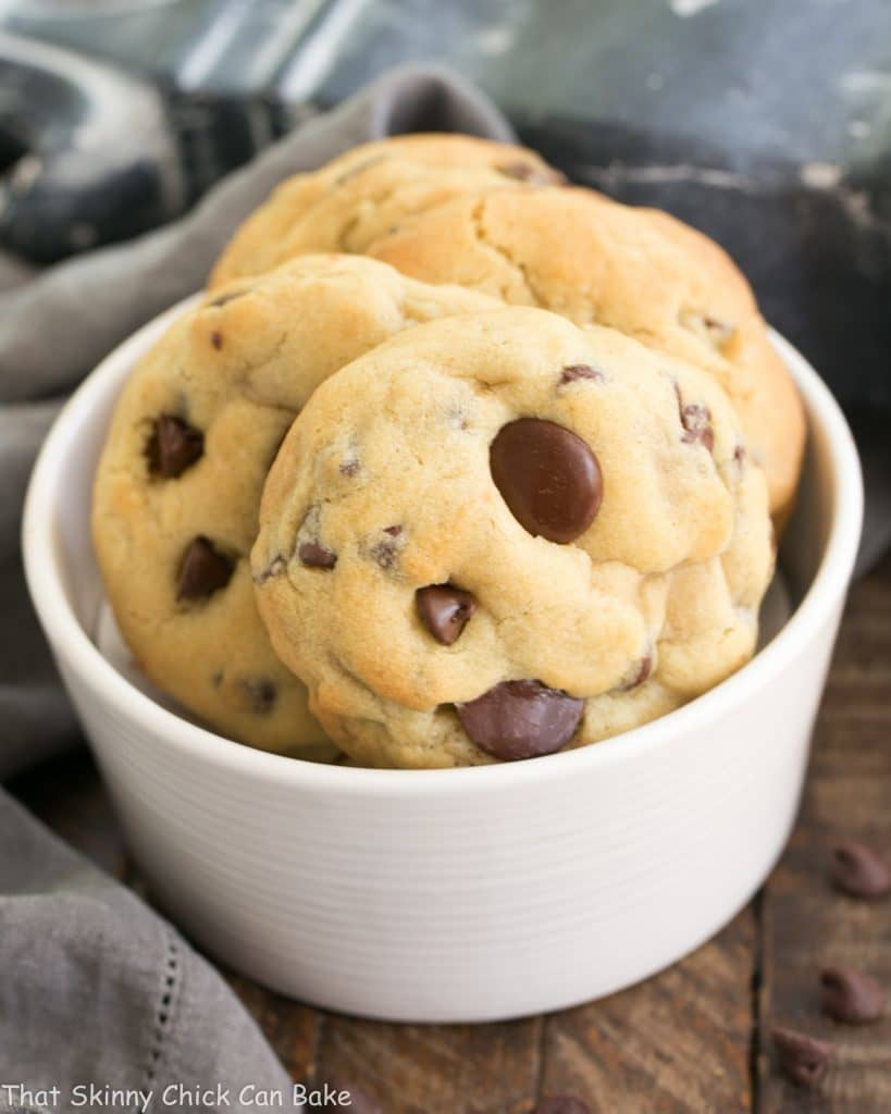 Levain Bakery Chocolate Chip Cookies in a white bowl