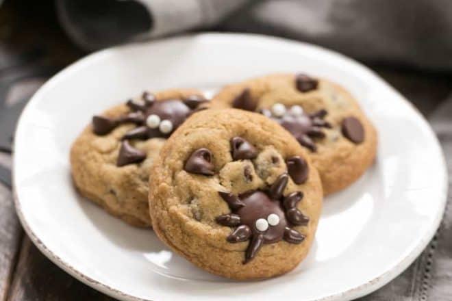 Halloween Spider Chocolate Chip Cookies | A few simple tweaks turn ordinary cookies into Halloween treats!