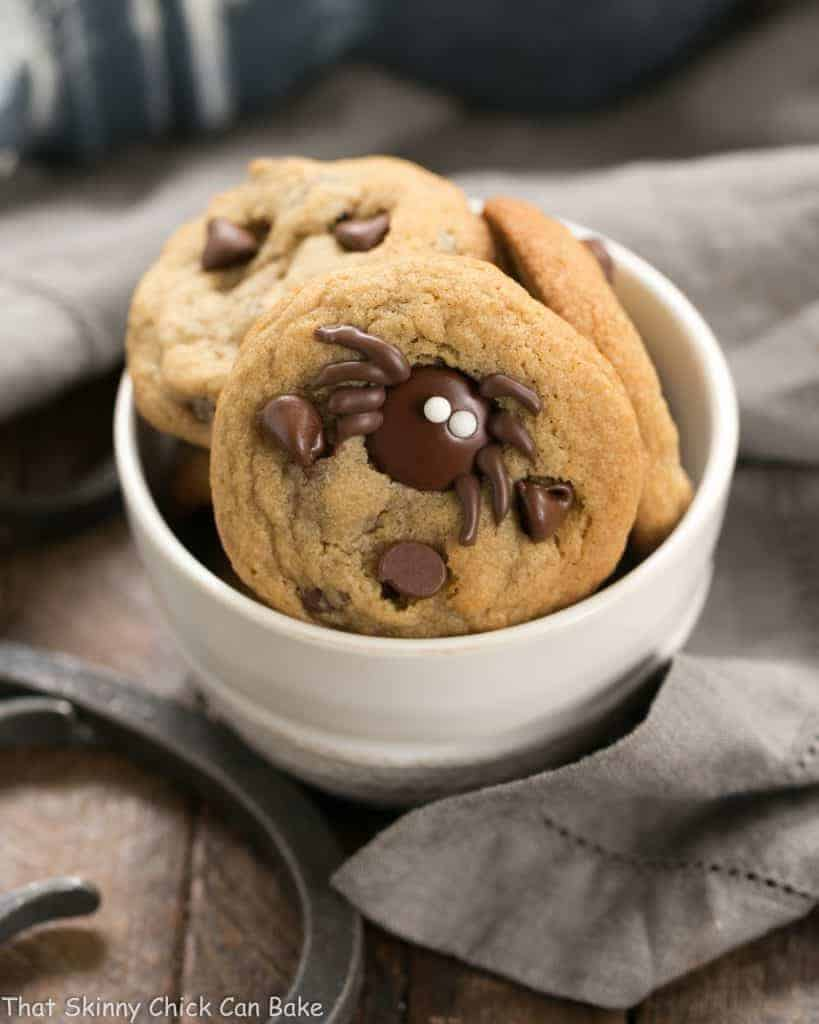 Halloween Spider Chocolate Chip Cookies   A few simple tweaks turn ordinary cookies into Halloween treats!