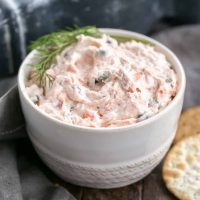 Easy Smoked Salmon Dip with Capers | Only 5 ingredients in this magnificent dip!!!