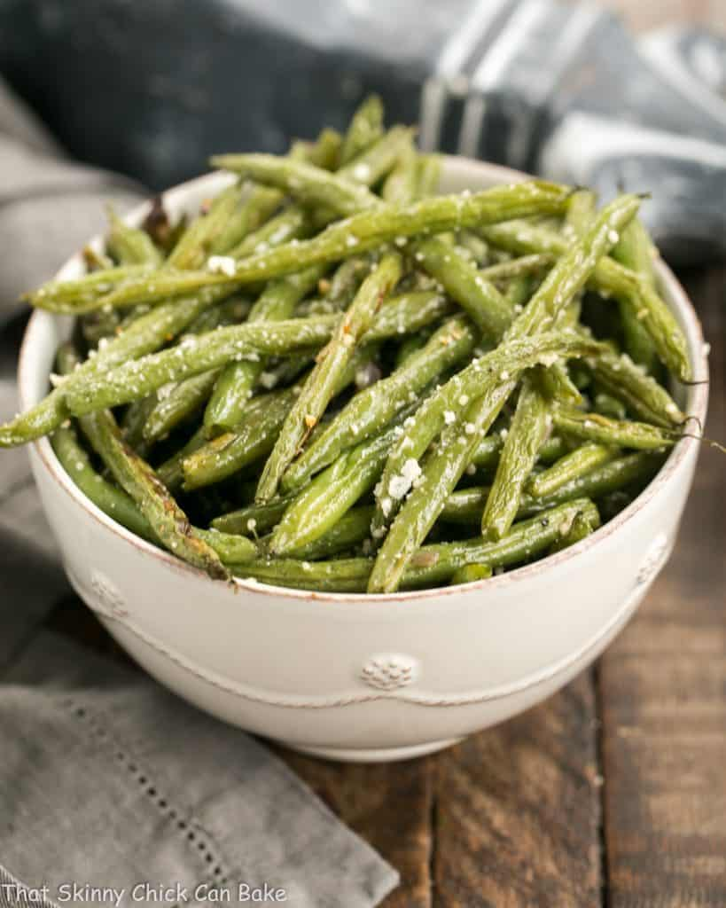 Garlic Parmesan Roasted Green Beans  in a serving bowl