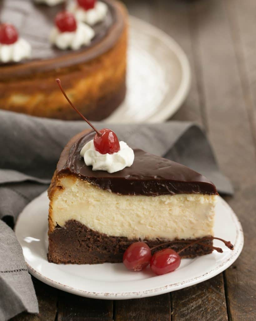 Hot Fudge Brownie Cheesecake   3 layers of dessert deliciousness!