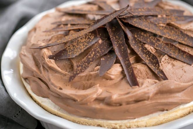 Chocolate Velvet Pie with Meringue Crust - That Skinny Chick