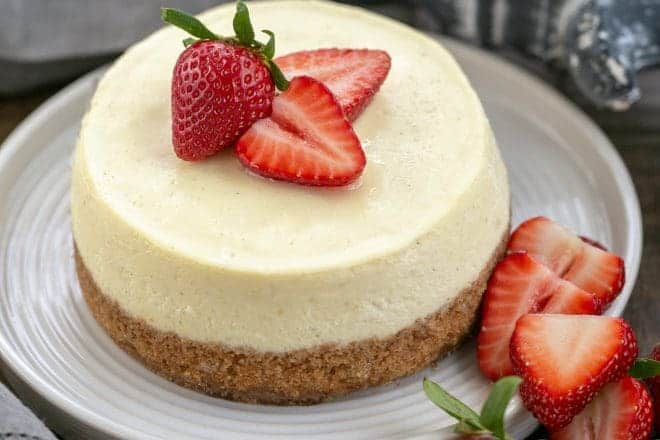 Vanilla Bean Instant Pot Cheesecake - a mini cheesecake that's rich, smooth, and ultra creamy! You'll swoon