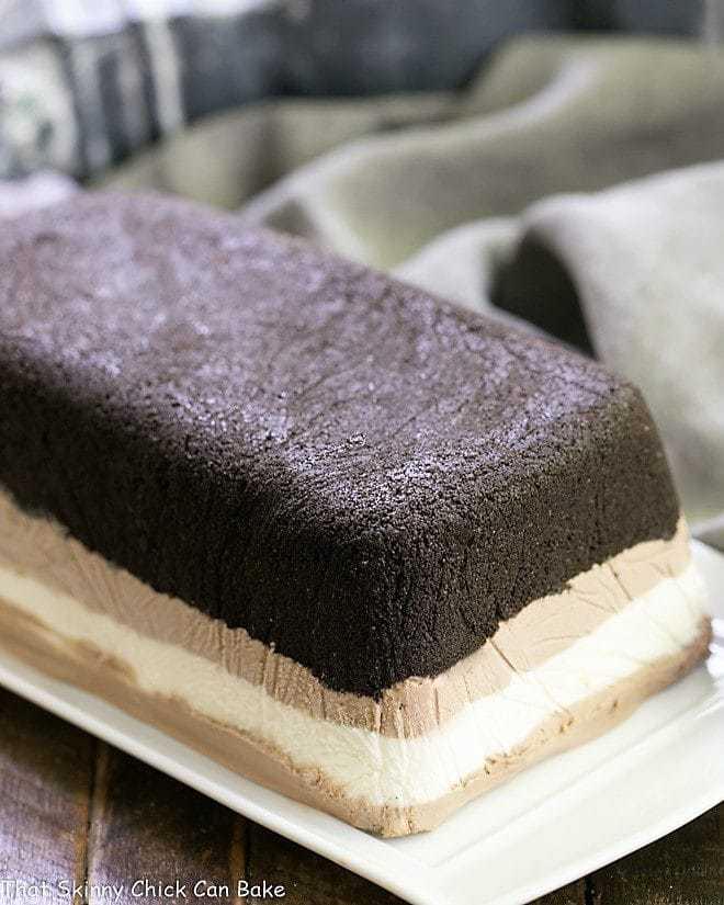 Layered Ice Cream Cake With Oreo Crust
