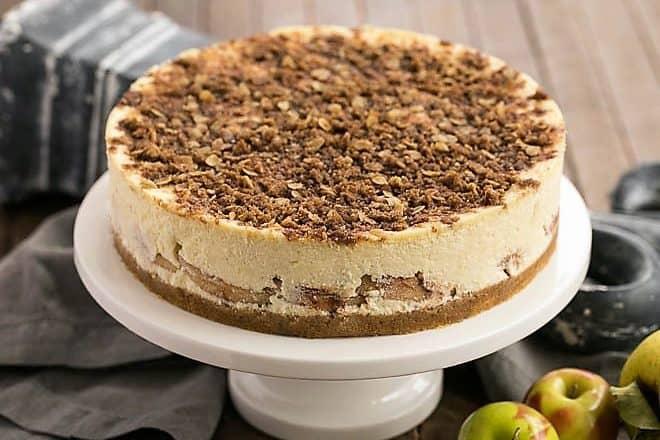 Apple Crisp Cheesecake featured image